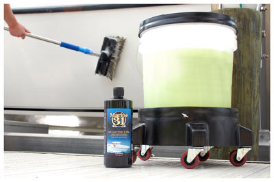 Marine 31 Gel Coat Wash & Wax with Carnauba shines as it cleans!