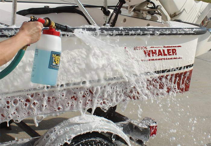 The Marine 31 Foamaster Foam Gun makes washing your boat quick and easy!
