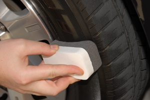 The No Mess Tire Applicator is made of absorbent but tough gray foam.