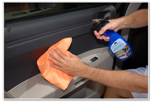 Optimum Opti Clean can be used on the dashboard, door panels, console and glass.