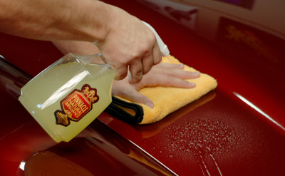 Pinnacle Liquid Gloss Rinseless Wash with Carnauba can be diluted to make a high lubricity quick detail spray!