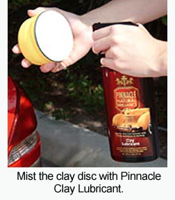 To use the Pinnacle Polishin' Pal with clay, mist the clay disc with Pinnacle Clay Lubricant.