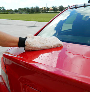 Ultra Soft Microfiber Rinseless Wash Mitt will glide effortlessly over paint.