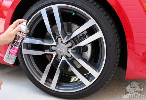 SONAX Rim Shield keeps your wheels clean and protected!