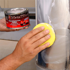 Apply Wolfgang MetallWerk Concours Aluminum Polish with a finger pocket.