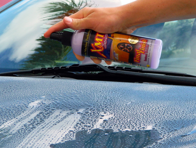 XMT Final  Finish Instant Detailer reduces the chance of water spots from occurring when used after a wash