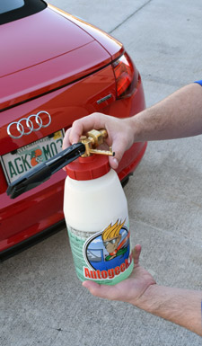 Screw on lid and start foaming your car!