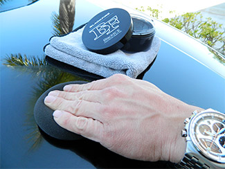 BLACKFIRE BlackICE Hybrid Montan Sealant Wax is exceptionally easy to apply