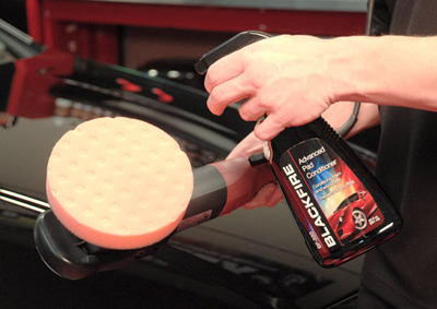 Blackfire Advanced Pad Conditioner primes foam buffing pads.