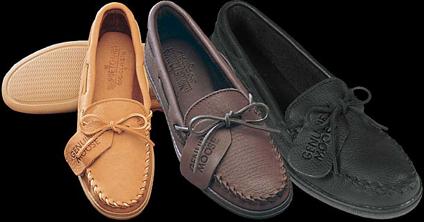 Men's Straight Plug Moosehide Moccasin by Minnetonka