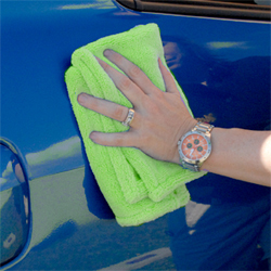 Cobra Super Deluxe Microfiber Towel makes a great buffing towel.