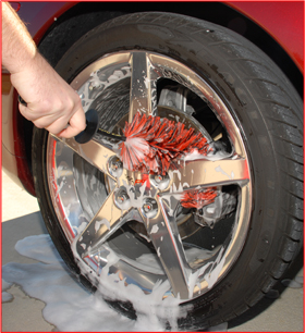 The Speed Master's bristles flatten against the stem, allowing it to clean between the wheel and brake caliper!