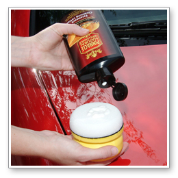 Pinnacle Paintwork Cleansing Lotion removes old wax and light oxidation to clean and brighten paint.