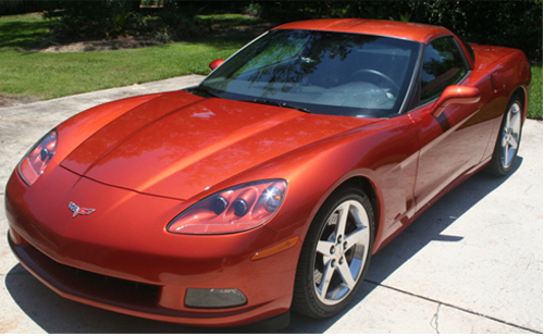 Souveran Wax brings out the orange highlights on this Sunset Orange Corvette.