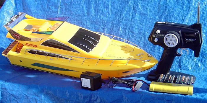 Atlantio RC Electric Boat
