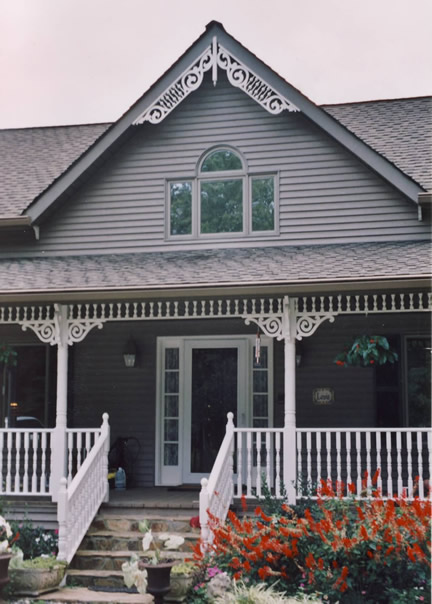 Example of 1-1/2 story with front gable (Porch Photo 122)