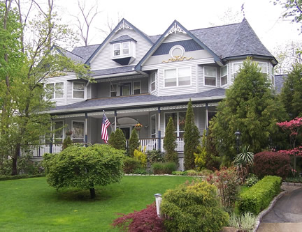 Example of 2-1/2 story with front gable (Porch Photo 76)