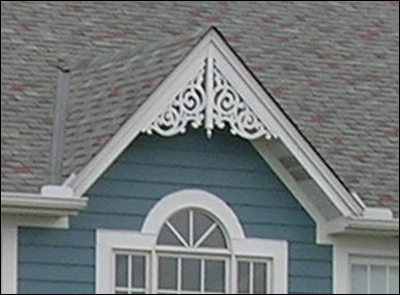 Close-up of Gable Photo 19