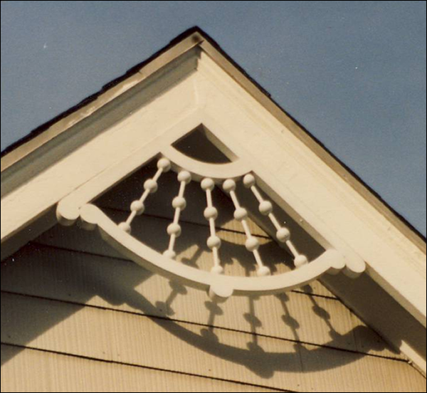 Close-up  of Gable Photo 21