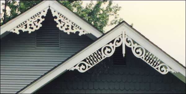 Close-up of Gable Photo 26