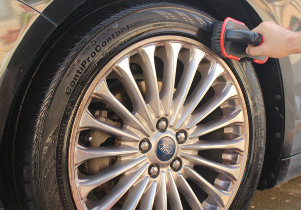 Speed master Tire Scrub