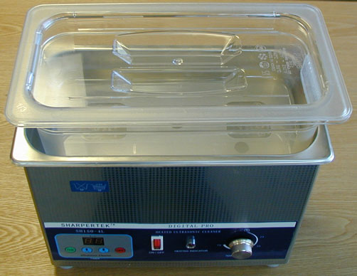 Click to See Close-Up of Polycarbonate Pan