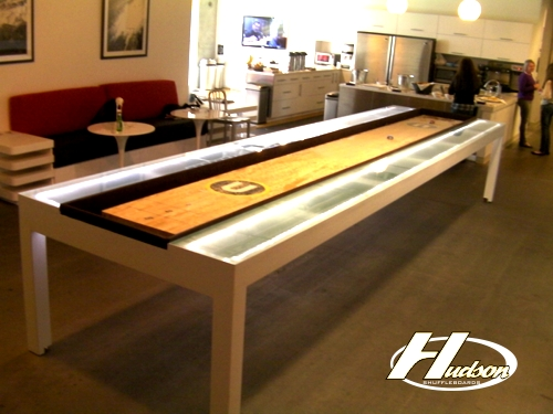 CUSTOM TABLES : UEFinal from www.hudsonshuffleboards.com size 500 x 375 jpeg 157kB