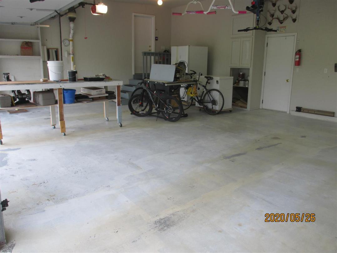 GARAGE FLOOR EPOXY BEFORE