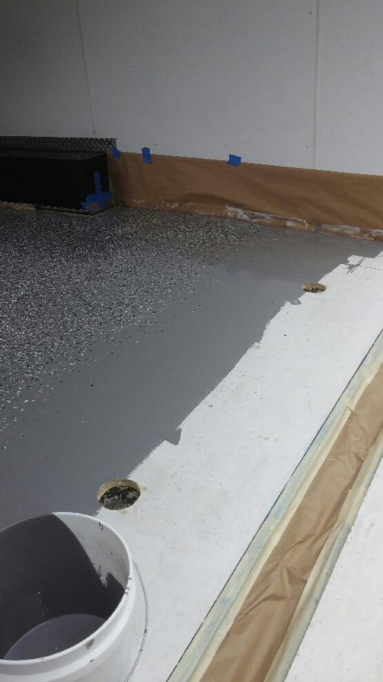 WET EDGE WHILE APPLYING AN EPOXY COATING